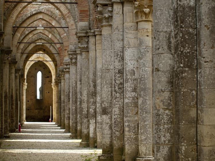 abbey-3768877_1920