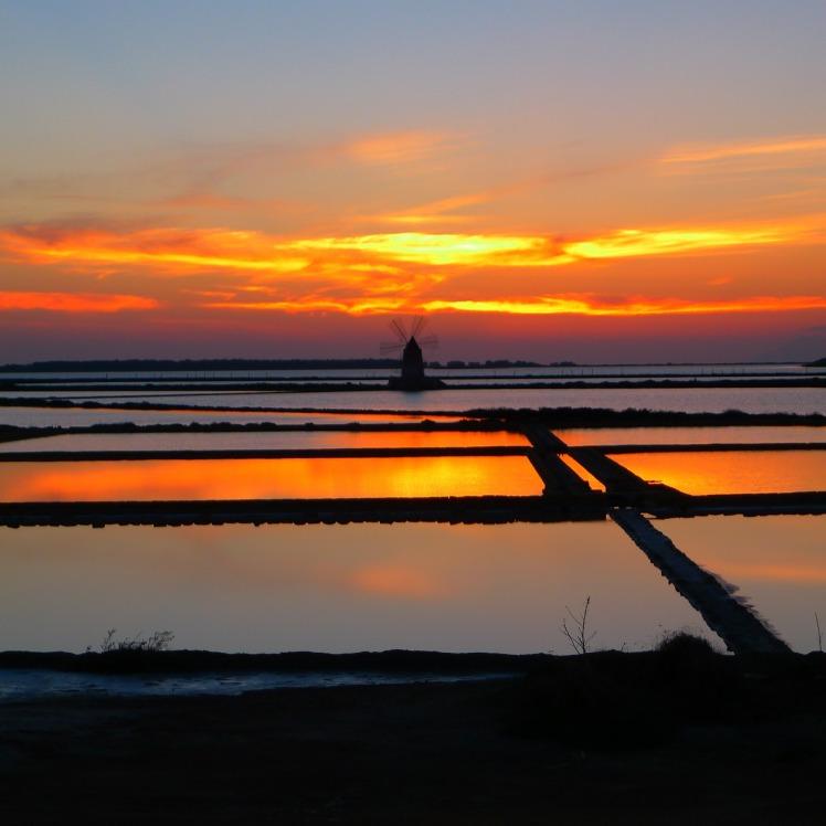 sunset-595490_1920
